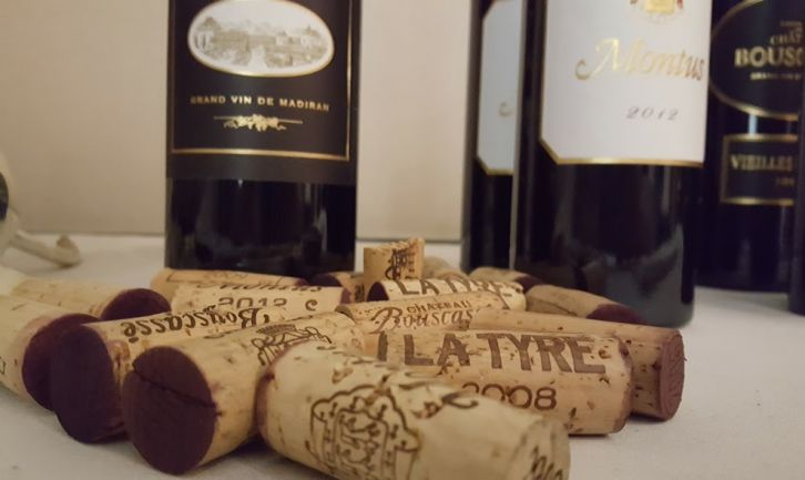 Dégustation des vins de la Maison Brumont. Château MontusLa Tyre, Château Bouscassé. Présentation de M. Alain Brumont.