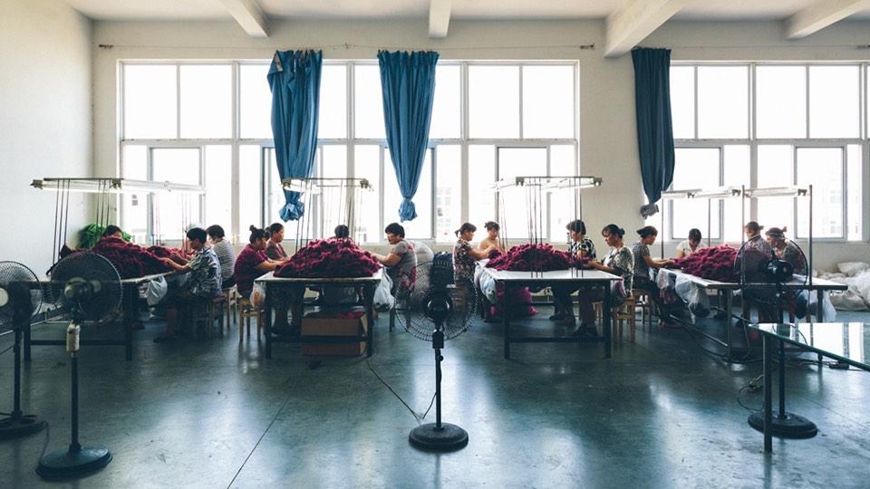 Everlane, usine de Dongguan. Photo : www.everlane.com