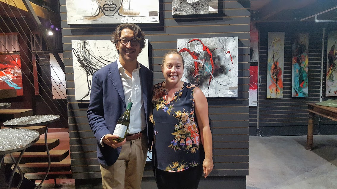 En compagnie de Vito Palumbo, venu nous présenter le Chardonnay Puglia IGT de Tormaresca à la Galerie Lisabel